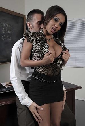 Free MILF Teacher Porn Pictures